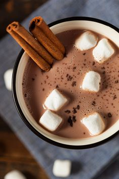 hot chocolate cinnamon marshmallow